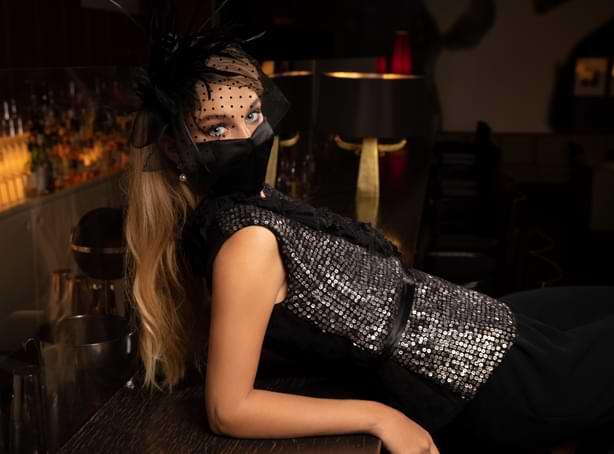 Mund-Nase-Maske für die Sylvester-Party