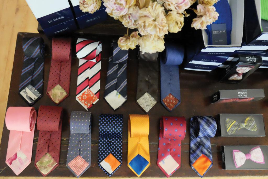 Krawatten mit Kimono-Seide und Fliege aus Shibori.