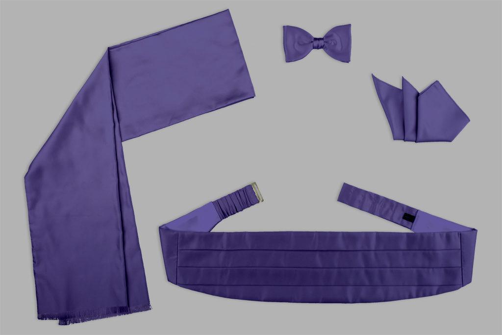 Kummerbund, Fliege, Einstecktuch und Schal in Violett
