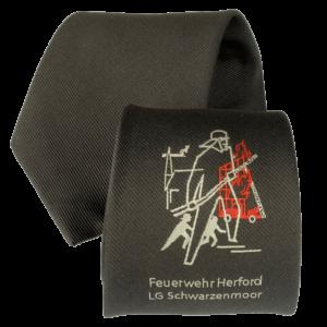 Feuerwehr-Krawatte mit individuellem Logo auf der Brust