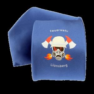 Feuerwehr-Krawatte mit Logo. Das Logo zeigt einen deutschen Feuerwehr-Helm, zwei Äxte, Atemschutzmaske und Flammen
